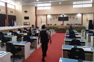 Menjelang Pengambilan Sumpah, Gedung DPRD Tanggamus Disterilkan
