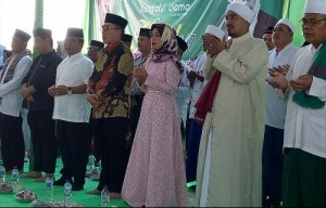 Pengajian Di Wawaykarya, Nunik Ajak Umat Jaga Persatuan