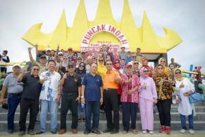 IKPBL Gelar Wisata Bersama Di Pantai Sari Ringgung