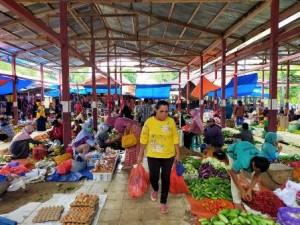 Masih Banyak Warga Di Pasar Liwa Yang Tak Pakai Masker
