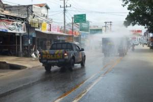 Mobil AWC Polres Tulangbawang Semprotkan Enam Ribu Liter Disinfektan