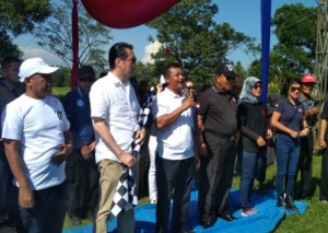 Arinal - Nunik Pimpin Karnaval Di Lamsel