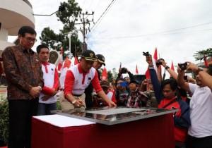 Bupati Lambar Resmikan Tugu Soekarno