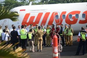 Ujicoba Penerbangan, Wing Air Mendarat Di Bandara Pesisir Barat