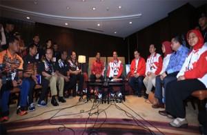 Malaysia Ganti Semua Buku Panduan Bergambar Merah Putih Terbalik