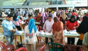 KPU Lampura Rampungkan Pelipatan Surat Suara Pemilu DPRD Provinsi