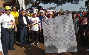 Zulkifli Hasan Lepas Jalan Sehat Bersama Arinal Di Pesawaran