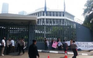 Aksi Di Kedutaan Inggris Dan Belanda, Tokoh Adat Tapsel Tolak Intervensi LSM Asing
