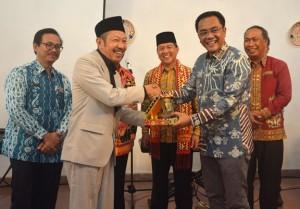 Wakil Ketua DPRD Dan Wakil Bupati Lamteng Terima Kunker Walikota Palangkarya