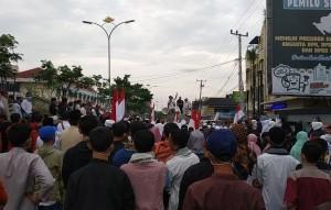 Relawan Prabowo-Sandi Berdemo, KPU Disebut Penipu Umat
