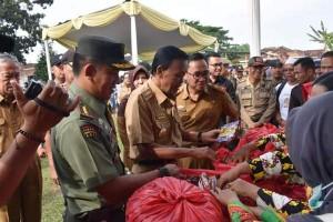 Pairin Minta Ketua RT Selektif Bagi Kupon Pasar Rakyat