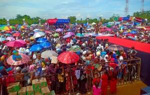 Tunggu Deklarasi Pujo, Warga Mesuji Dihibur Artis Ibukota