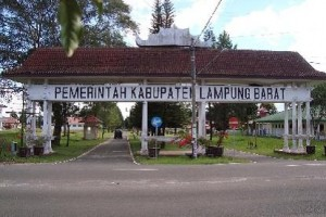 135 Pejabat Di Lampung Barat Dimutasi