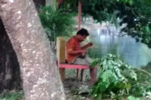 Gawat Ada Orgil Ngamuk  Di Metro,  Pengendara Sering Dilempar Batu Dan Dipukul