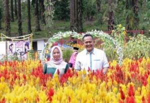Wabup Pringsewu Kunjungi Taman Jomblo