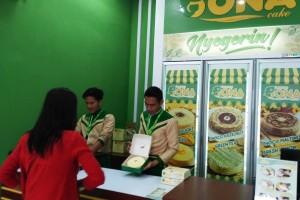 Bona Cake Ramaikan Kuliner Lampung