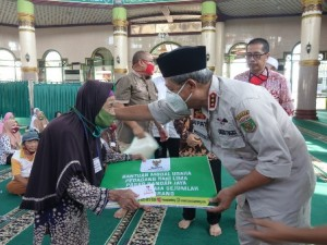 Pedagang Makanan Di Masjid Istiqlal Dapat Tambahan Modal