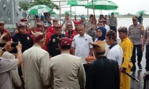 Tiba Di Lampung, Wakapolda Langsung Berziarah Ke Makam Orang Tua
