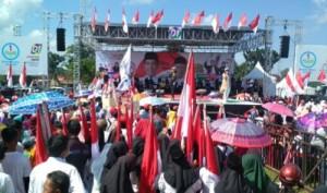Deklarasi Pujo Lamtim, Ratusan Warga Mulai Memadati Lapangan Sribhawono