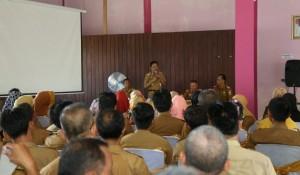 Disdikbud Pesibar Audiensi Dengan Guru Dan Kepala Sekolah