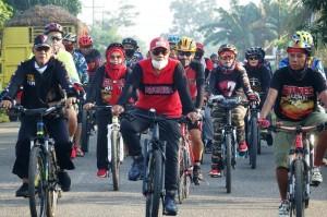 Sambut New Normal, Bupati Lamteng Gandeng Komunitas Sepeda