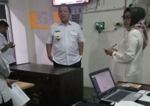 Gubernur Sidak Ke Ruang Humas Protokol Dan Kominfotik