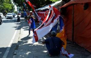 Seratusan Pedagang Bendera Dari Jawa Barat Serbu Bandarlampung