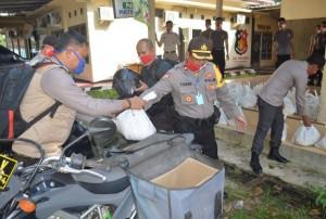 Polres Tulangbawang Distribusikan 415 Paket Sembako