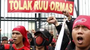 Stop Perizinan Ormas Yang Suka Mengacau
