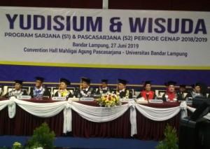 Gubernur Hadiri Yusidium Dan Wisuda UBL