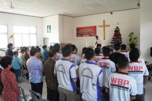 Narapidana Beragama Katolik Natal Bersama Di Rutan