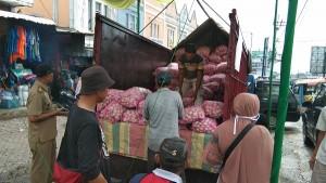 Pasar Gisting Dapat Pasokan Tujuh Ton Bawang Putih