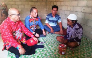 Terima Bantuan Bedah Rumah, Kakek Berusia 100 Tahun Ini Tak Henti Ucap Syukur