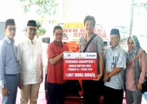 Bank Lampung Serahkan Satu Unit Toyota Avanza