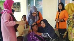 Ibu Korban Kecelakaan Maut Menangis Histeris