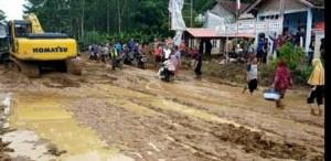 Banjir Di Semaka, Ratusan Rumah Warga Di Tujuh Pekon Rusak