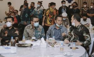 Bangga Dengan Harian Momentum, Ini Saran Senior Pers Lampung