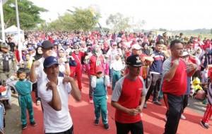 Ribuan Warga Meriahkan Senam Massal Di Nggruput