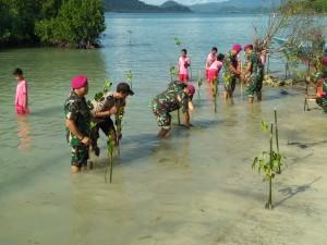 Brigif 4 Marinir Bersama Warga Tanam Mangrove Di Ketapang