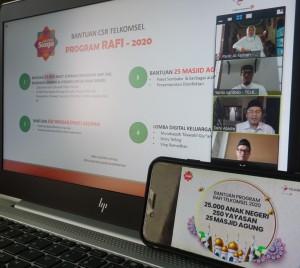 Telkomsel Beri Bantuan Bagi Masjid Dan Yayasan Di Sumatera