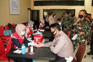 Tiga Peleton Polisi, Marinir Dan Tentara Ikut Donor Darah