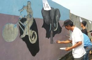 Lomba Melukis Mural Meriahkan Festival BMX Lamtim