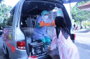RSUD Alimuddin Umar Jadikan Ambulans Sarana Ambil Sample Swab