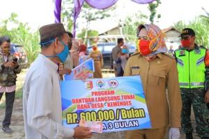 Tulangbawang Terdepan Salurkan BLT DD Di Lampung
