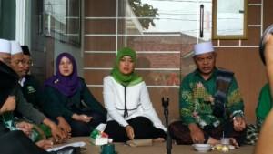 Nunik Doa Bersama Di Kantor PKB