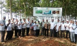 Kunjungi Unit Kerja, Komisaris PTPN VII Beri Motivasi Karyawan