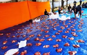 IPC Panjang Bagikan 3.500 Paket Daging Kurban