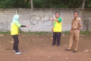 Wali Kota Metro Tinjau Lapangan Sepak Bola Senilai Rp200 Juta