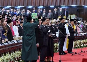 Anggota DPR Dan DPD RI Dapil Lampung Dilantik