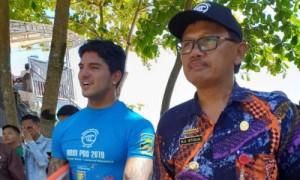 Bupati Tinjau Kompetisi Surfing Krui Pro QS 2019